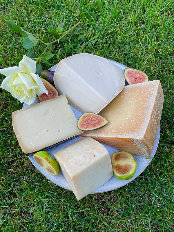 cheese box octubre